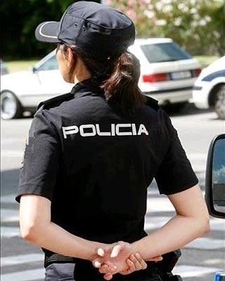 Graciela Antón, Mujer Policía