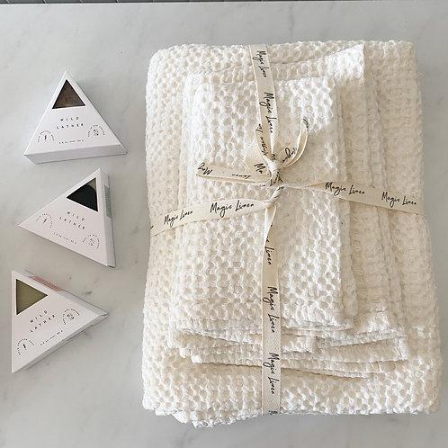 Linen bath set