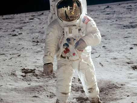 E se a viagem à Lua fosse mentira?