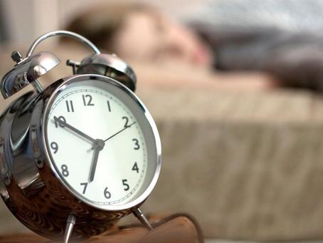 Entenda por que a função soneca faz mal para a saúde
