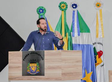 Em sessão inaugural da Câmara, prefeito faz balanço e aponta avanços em São Gabriel