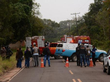 Avião cai ao pousar em Campo Grande e duas pessoas morrem