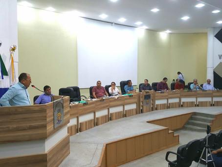 Documentos, asfalto e manutenções são solicitados pelos vereadores de São Gabriel durante sessões