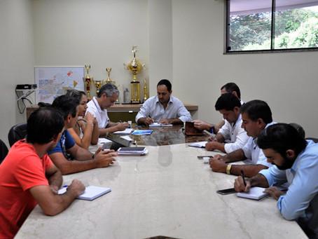 Relatórios e ações da secretaria de Infraestrutura é assunto de reunião na Câmara de São Gabriel
