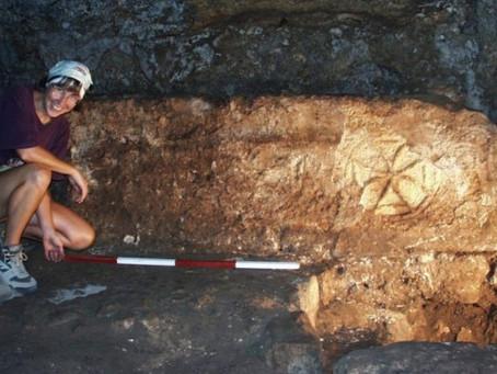 Arqueólogos encontram local do milagre do vinho