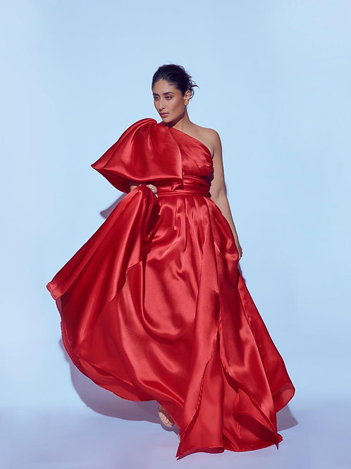 One shoulder dramatic bubble sleeves flared gown with waistband