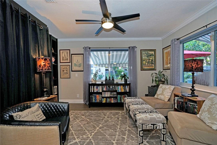Second Living Space for Relaxing or Entertaining and includes a Pull Down Double Bed