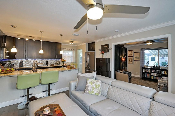 Beautiful Renovated Modern Kitchen and Living Room