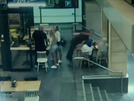 Pregnant Woman Beaten By Complete Stranger at Sydney Cafe