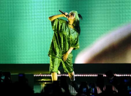 Billie Eilish Slams Body Shamers in Moving Concert Performance