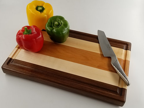 Classic Beautiful Wood Cutting Board. Any Chef/Cook will love this as a gift