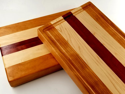 Beautiful Handcrafted Wood Cutting Board. Makes a great gift for any Chef, Cook