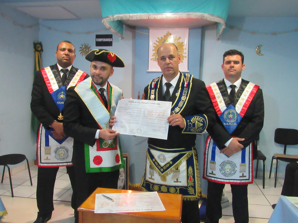 Foto do Tratado firmado entre ambas as potência (Foto: Jorn Mendes Netto)
