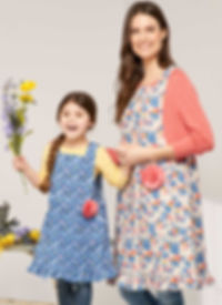 simplicity-mother-daughter-aprons-patter