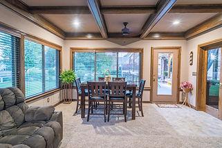 Park livingroom 2.jpg