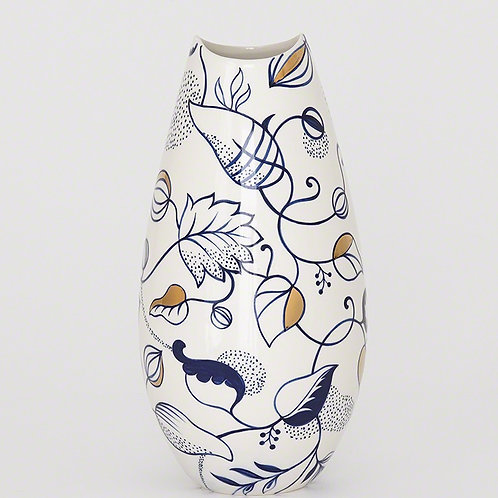 Vase in Vine