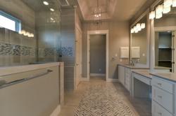 14 - MSuite Bath 1