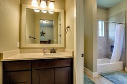 446 - 23 Guest_Bathroom