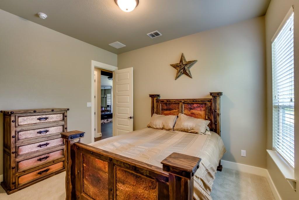 446 - 22 Bedroom_#1_1