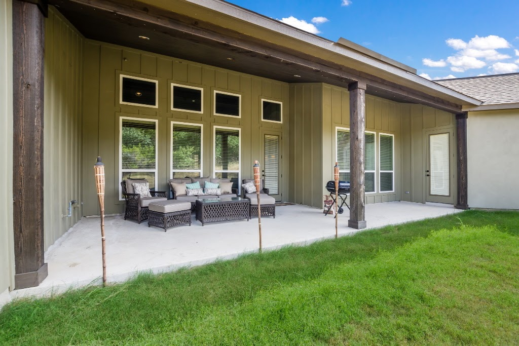 446 - 26 Covered_Patio_1