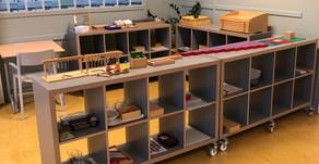 Bilde frå første skuledag her hos Hålandsdalen Montessoriskule, ein flott dag i nydeleg sommarvêr