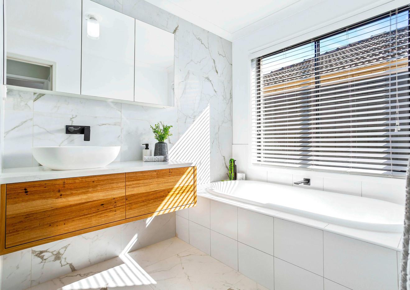 (TYLR) Bathroom (ON1F) (WEB) .jpg
