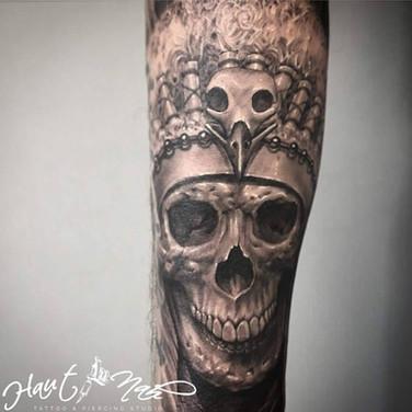 schädel-koenig-tattoo.jpg
