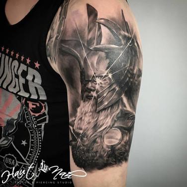 maennlicher-krieger-tattoo.jpg