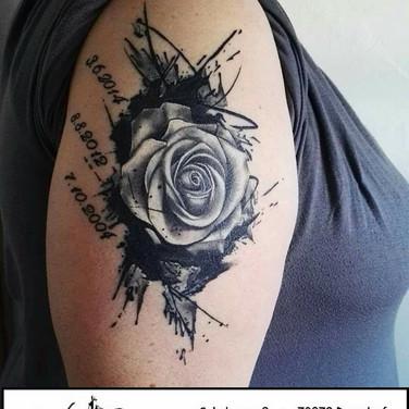 black-rose-tattoowierung.jpg