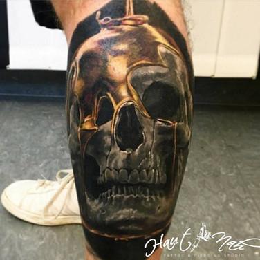 honig-schädel-tattoo.jpg