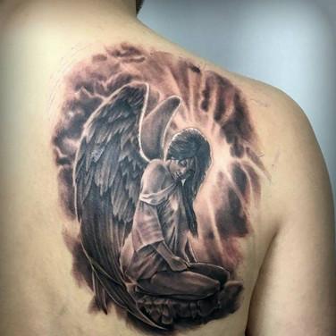 weinender-engel-tattoo.jpg