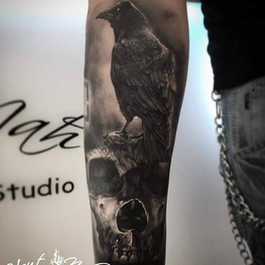 rotten-skull-tattoo.jpg