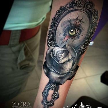 rosen-spiegel-tattoo.jpg