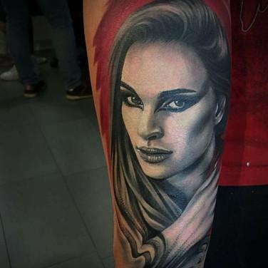 woman-portrait-tattoowierung.jpg