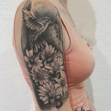 blumen-kolibri-tattoo.jpg