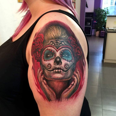 rote-la-cathrina-tattoowierung.jpg