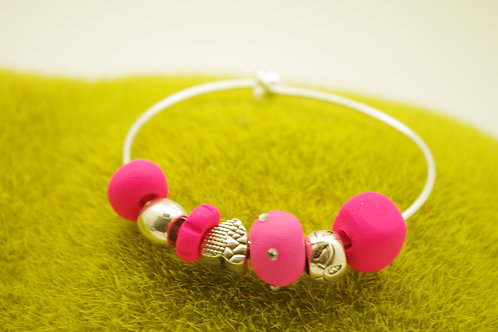 Bracelet JONC  perles ROSE FLUO