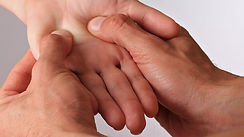 reflexologie-palmaire-masser-ses-mains-p