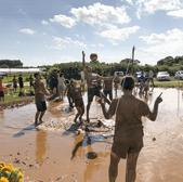 泥んこバレー