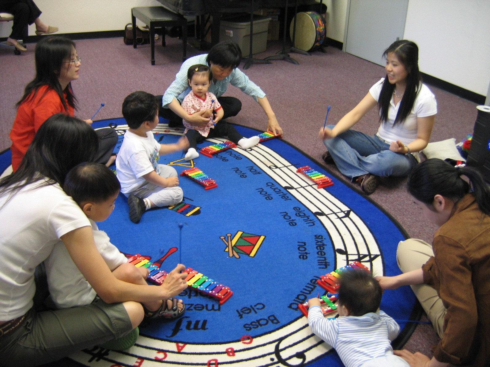 Bilingual Chinese/English Music Class