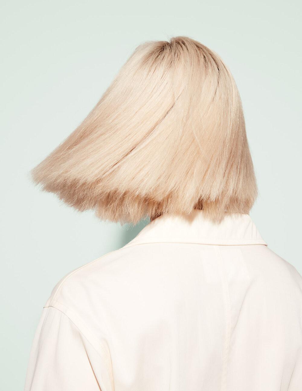 12odele-smoothing-hair-01-1200x1550.jpg