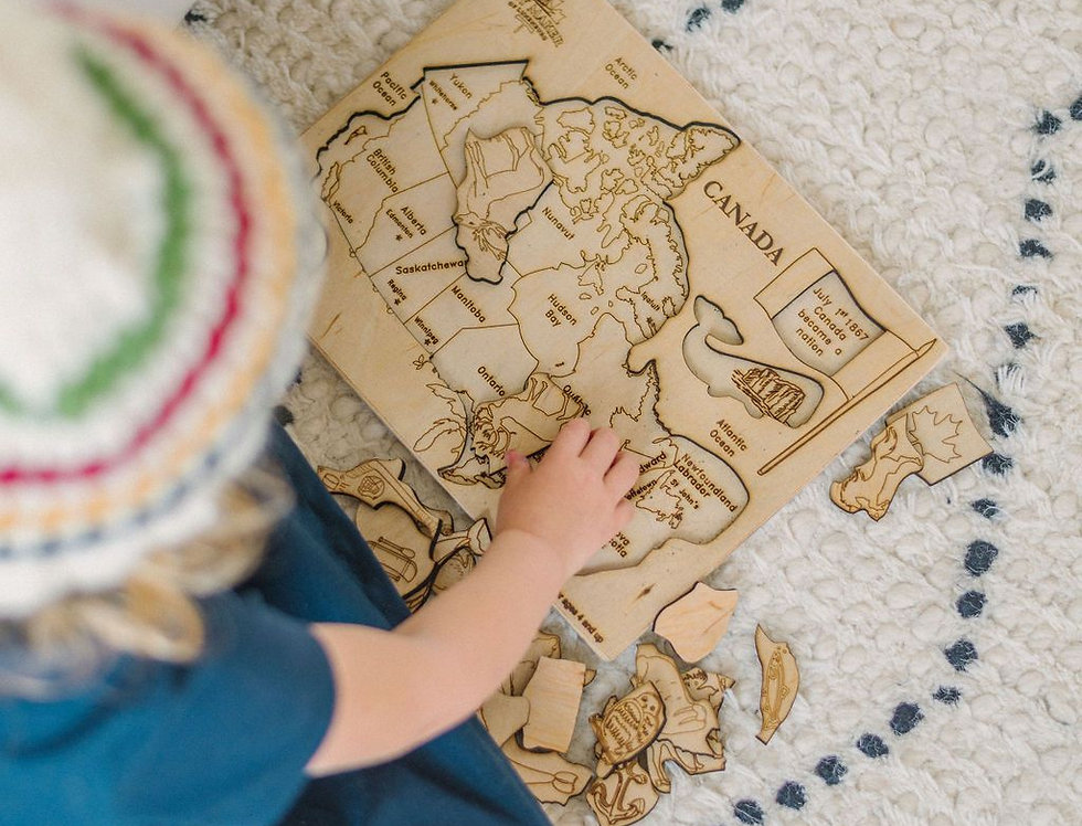 Kids Canada Map Puzzle with Native Animals