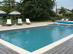 piscine  du gite hamac pour 6 /8 pers avec piscine votre maison de vacance a Echallat en Charente  (16 )