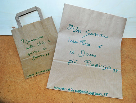 Sacchetti in carta decorati con frasi