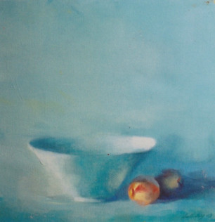 BOWL WITH PEACH