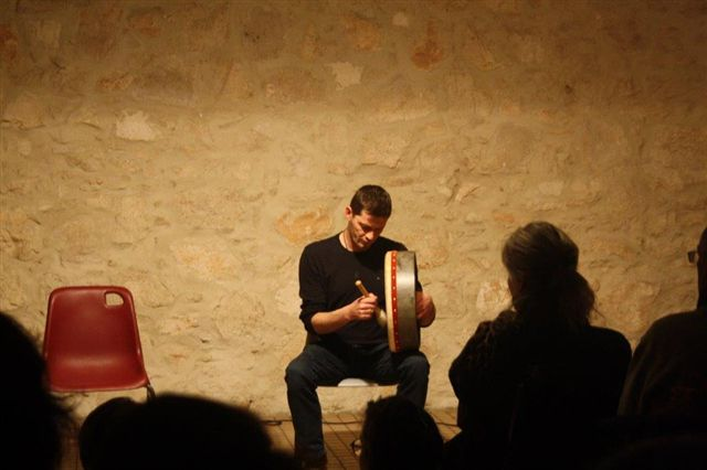 Hervé Le Jacq et son Bodhrán