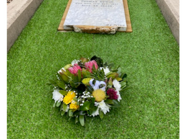 Beachmere Community Restores Founders Grave