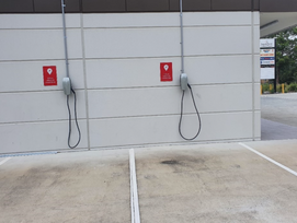 Car Chargers at Sandstone Lakes Plaza
