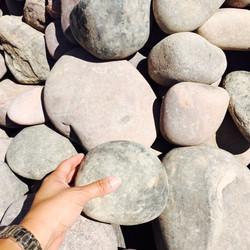 "3""-8"" Arizona River Rock"