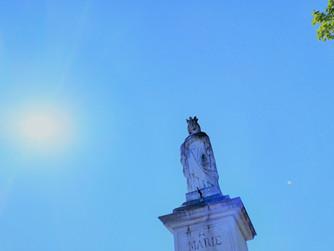 De Marie Reine des Anges aux Enfants de la Terre, ses enfants chéris